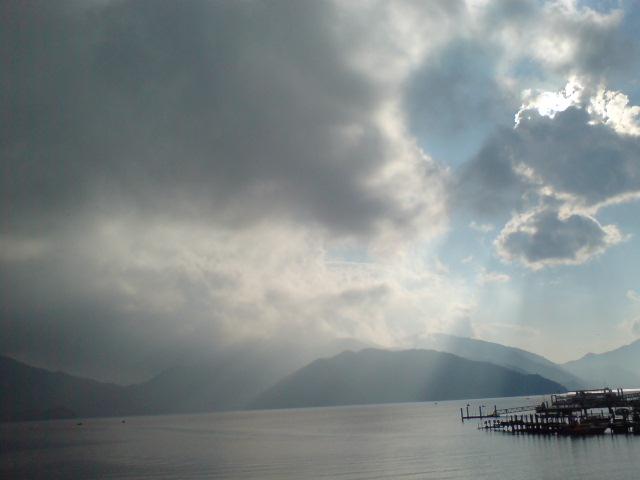 中禅寺湖まで来ました